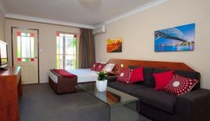 Central Railway Hotel - Kingaroy Accommodation