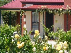 Wine And Roses Bed And Breakfast - Kingaroy Accommodation