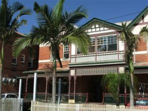 Maclean Hotel - Kingaroy Accommodation