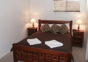 Beachside Holiday Units - Kingaroy Accommodation