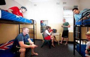 Maze Backpackers And Cb Hotel - Kingaroy Accommodation