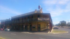 Farmers Arms Hotel - Kingaroy Accommodation