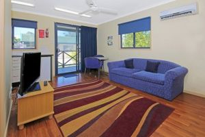 Palms Motel - Kingaroy Accommodation