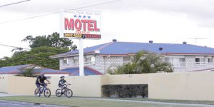 Browns Plains Motor Inn - Kingaroy Accommodation