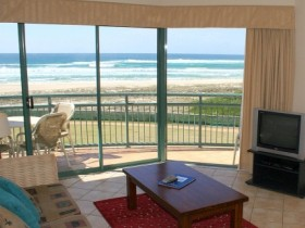 Currumbin Sands Holiday Apartments - Kingaroy Accommodation