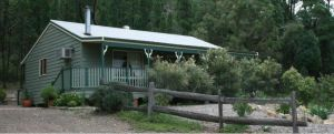 Carellen Holiday Cottages - Kingaroy Accommodation