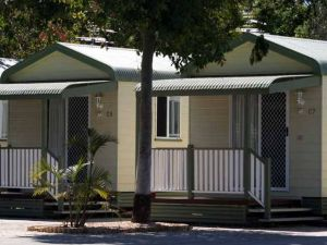 Emerald Cabin  Caravan Village - Kingaroy Accommodation
