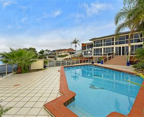 Waterfront Paradise - Kingaroy Accommodation
