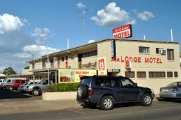 A  A Lodge Motel - Kingaroy Accommodation
