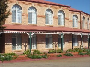 Heritage Motor Inn Goulburn - Kingaroy Accommodation