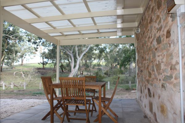 Hughes Park Cottage & Weddings - Kingaroy Accommodation