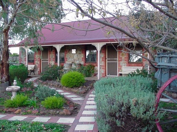 Langmeil Cottages - Kingaroy Accommodation