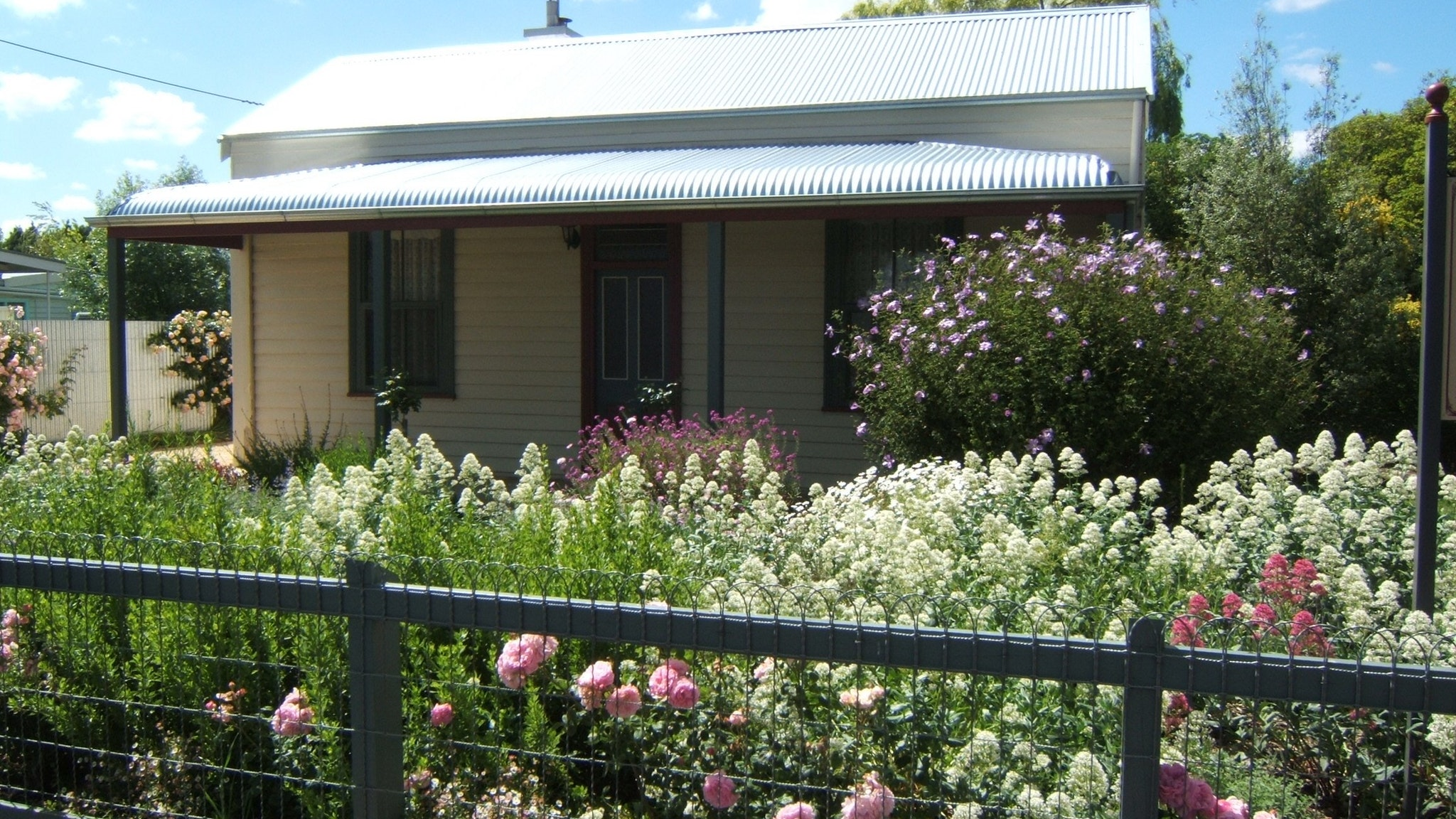Willowbrook Cottages B&B's - Kingaroy Accommodation