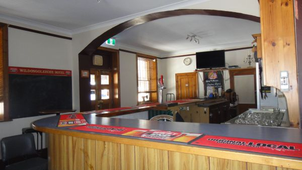 Wildongoleechie Hotel - Kingaroy Accommodation
