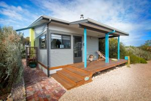 Coorong Cabins - Wren Cabin - Kingaroy Accommodation