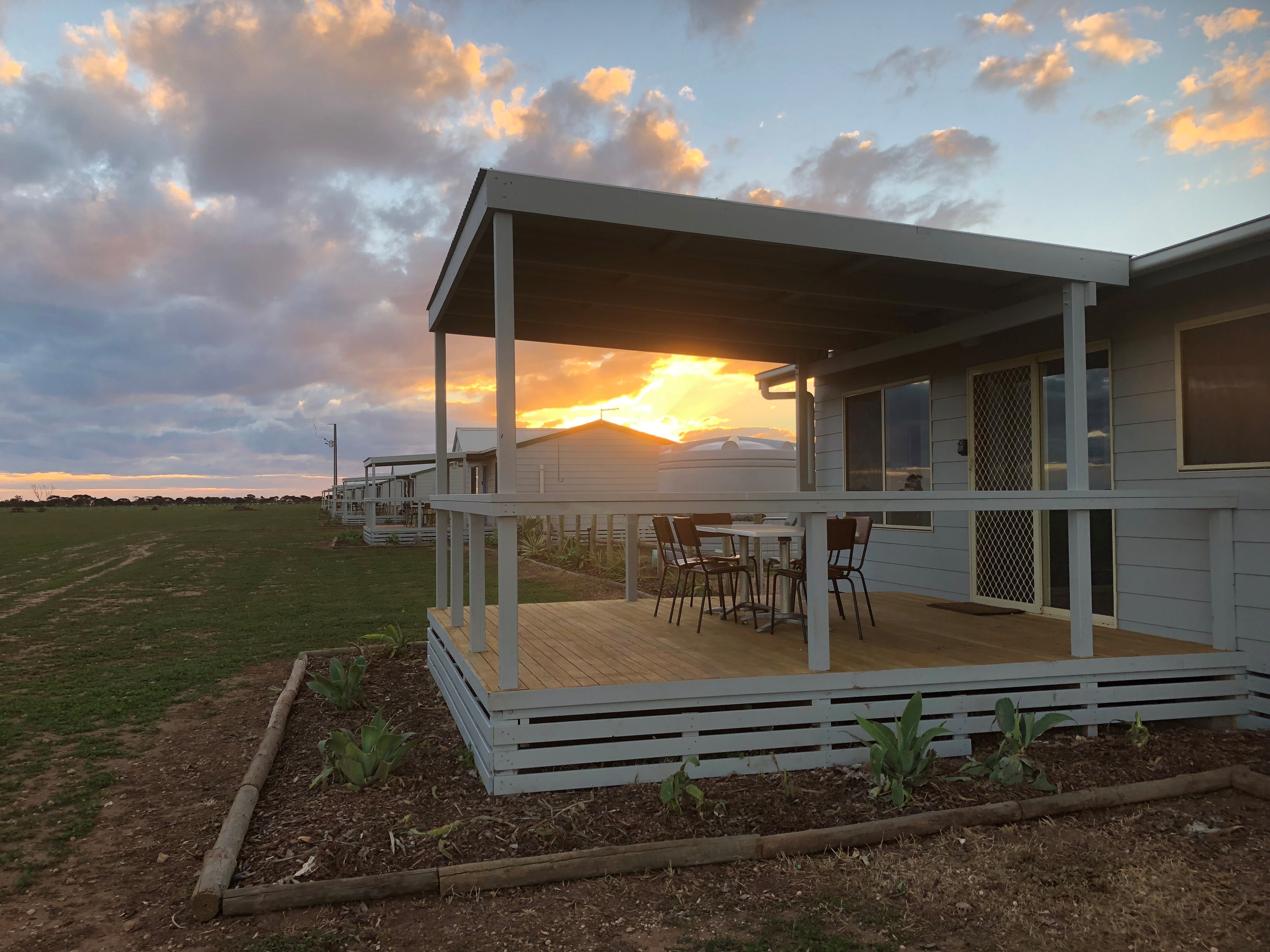 Tarnasey Farm - Schilling's Shack - Kingaroy Accommodation