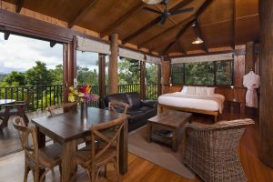 Rose Gums Wilderness Retreat - Kingaroy Accommodation