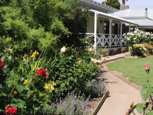 Burrabliss Bed and Breakfast - Kingaroy Accommodation