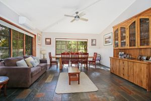 Porepunkah Elms - Kingaroy Accommodation