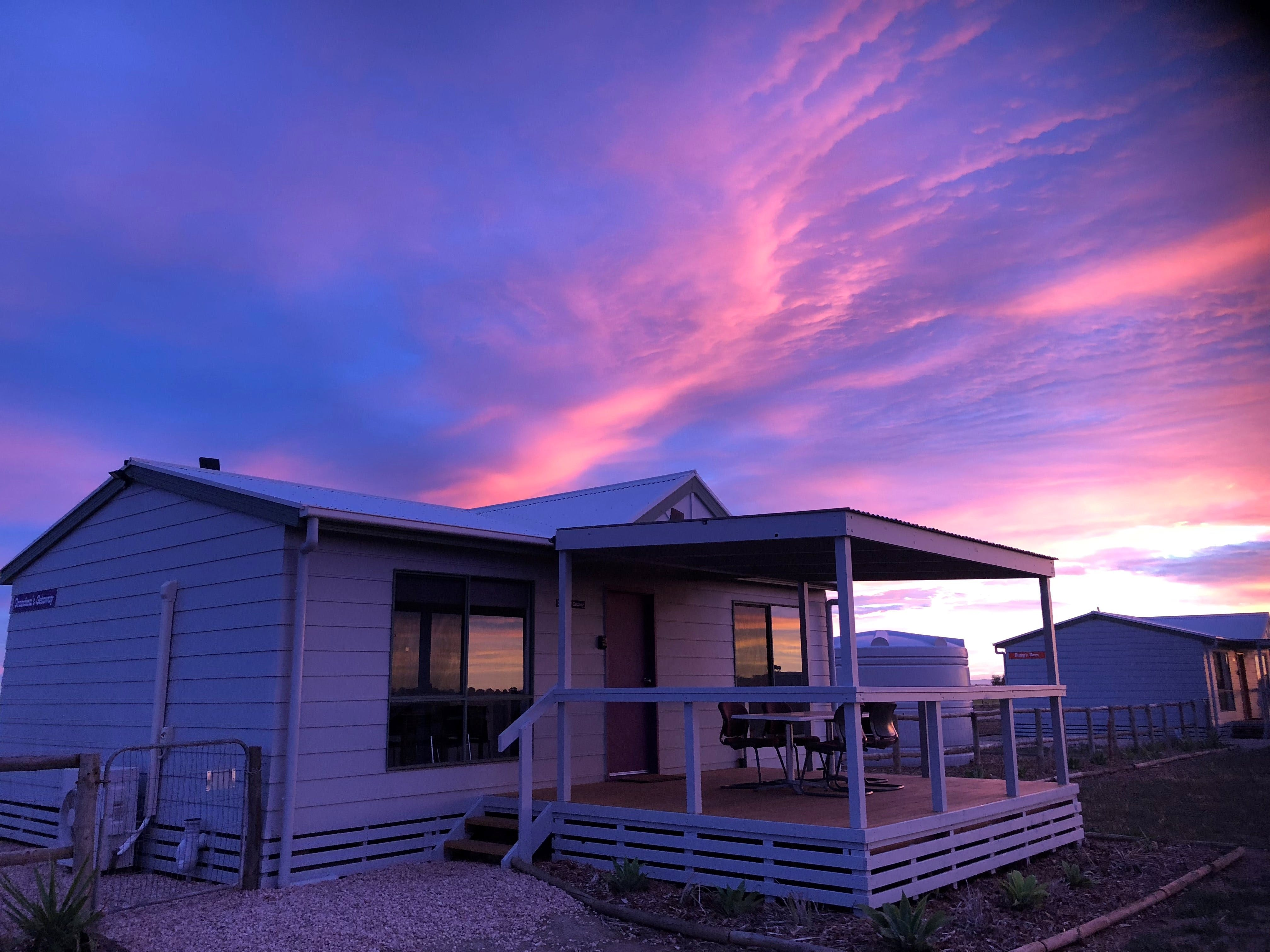 Tarnasey Farm - Bump's Barn - Kingaroy Accommodation