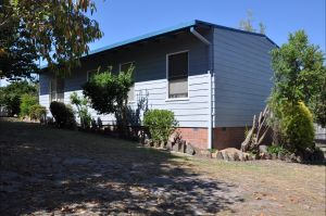 Khancoban Holiday House - Kingaroy Accommodation