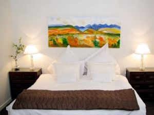 Boutique Stays - Lalique - Kingaroy Accommodation