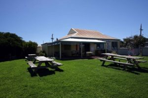 Apostles Camping Park and Cabins - Kingaroy Accommodation