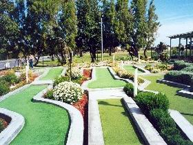West Beach Mini Golf - Kingaroy Accommodation