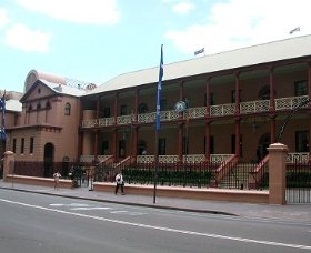 Parliament House - Kingaroy Accommodation