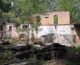 Newnes Shale Oil Ruins - Kingaroy Accommodation