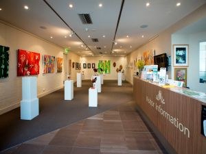Australian National Botanic Gardens Visitor Centre Gallery - Kingaroy Accommodation