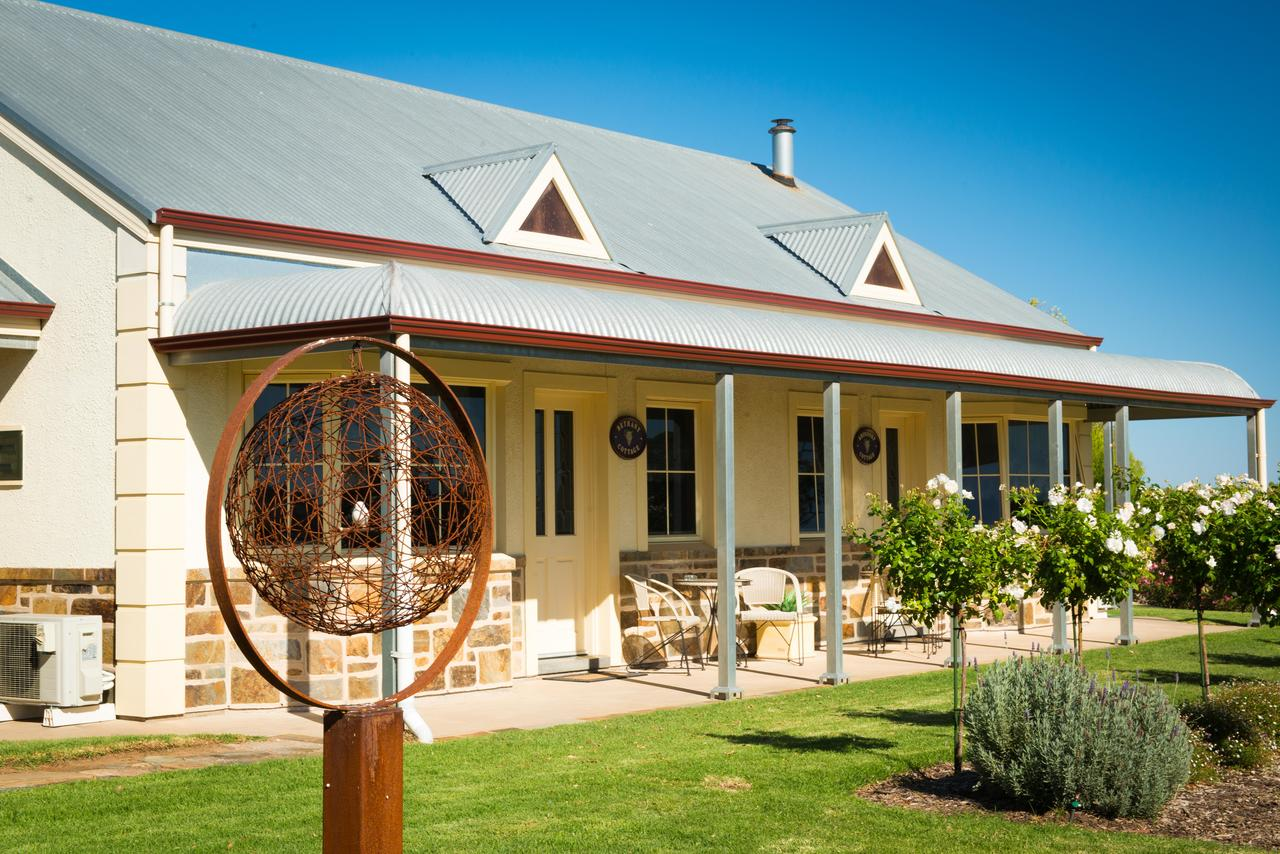 Barossa Vineyard Cottages - Kingaroy Accommodation