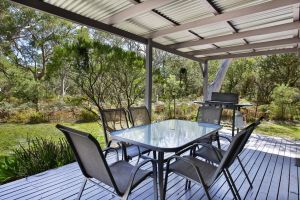 Wildwood - Pet Friendly - 5 Mins to Beach - Kingaroy Accommodation