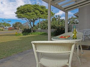 Callala Beach Cottage - charm and character - Kingaroy Accommodation