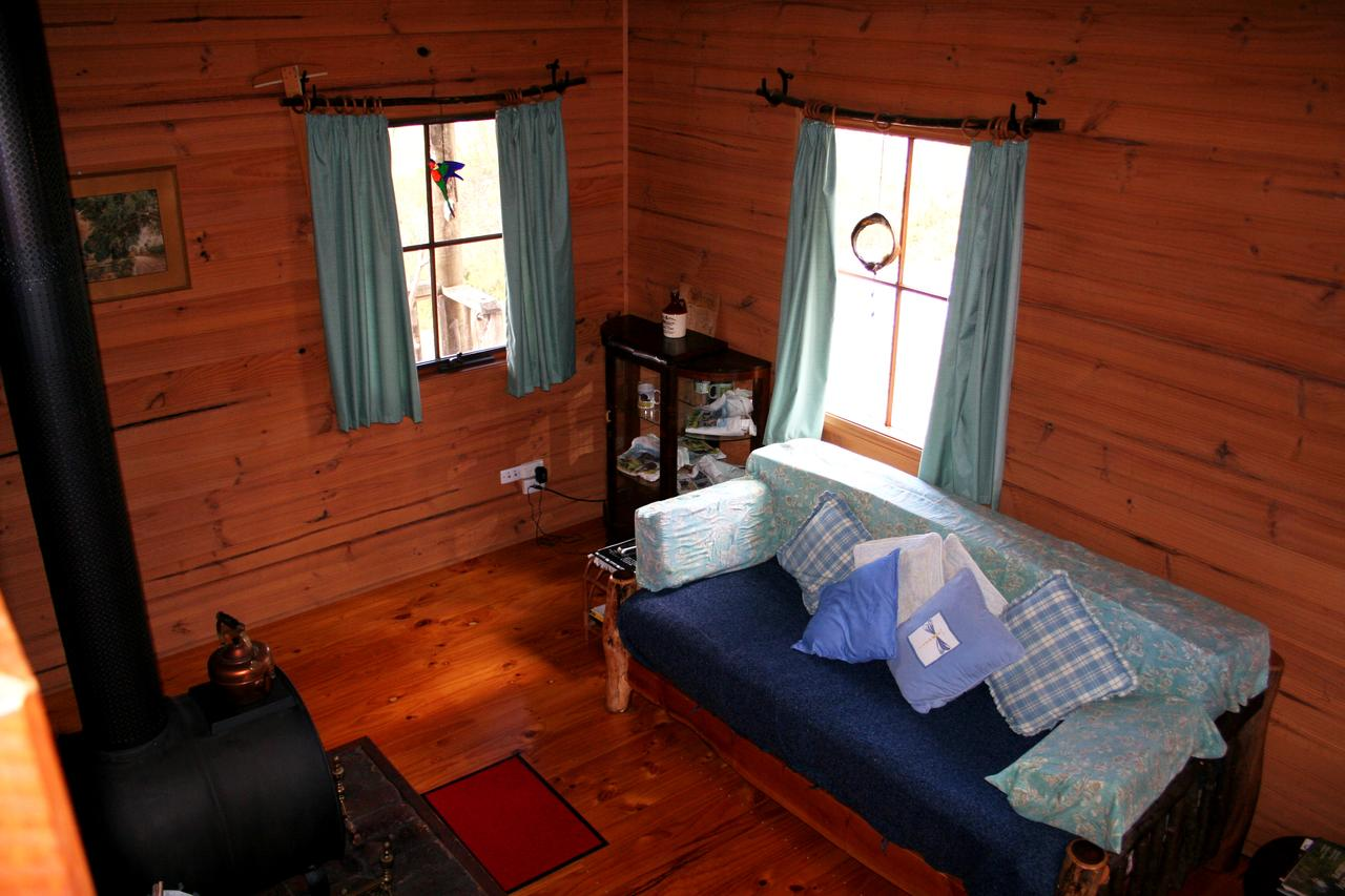Cradle Mountain Love Shack - Kingaroy Accommodation