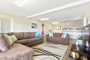 SEASIDE SERENITY 2 - L'Abode Accommodation - Kingaroy Accommodation